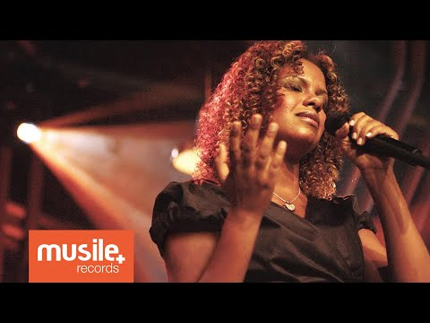 Vineyard - Meu Respirar (Breathe) - Nivea Soares