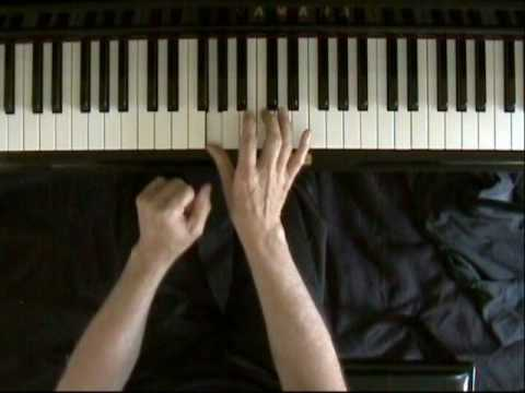 Learn blues piano lesson 9