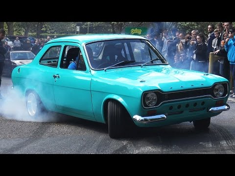 CLASSIC FORD TAKEOVER! Car Meet Exits - April 2017