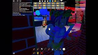 How to glitch into ANY door in ROBLOX pizza place! (Costs 80 ROBUX) | Roblox glitch 1