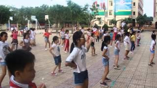 Video CLB Aerobic Song Ngữ Lạc Hồng biểu diễn 24-12-2014