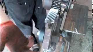 Ножницы по металу,своими руками.(часть 1)(ножницы зделанные из автомобильных запчастей., 2014-08-10T10:36:52.000Z)