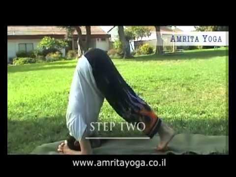Йога класс Сиршасана