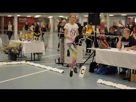 شاهد: فتيات يتنافسن في بطولة ألعاب -دمى رأس الفرس- في فنلندا…  - نشر قبل 7 ساعة