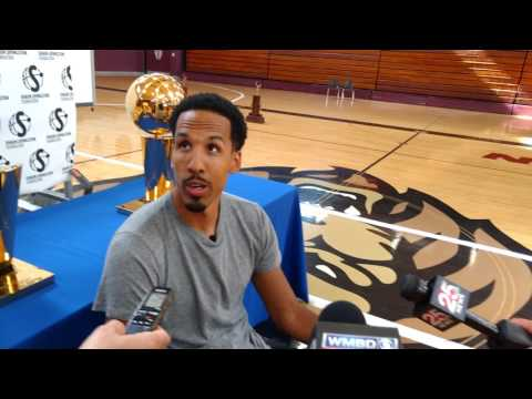Shaun Livingston Returns to Peoria High School