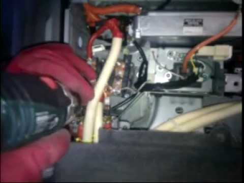 hqdefault prius main relay replace ( warning high voltage dc wil kill you Prius Fuse Box Location at soozxer.org