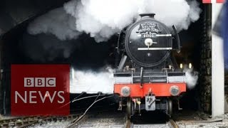 The Flying Scotsman loco steams again - BBC News