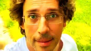 «Что пилить-то тут?»: Максим Галкин на прогулке по саду поразмышлял, зачем нужны stories