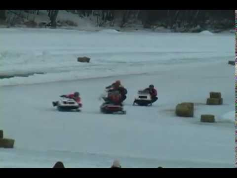 Lincoln vintage snowmobile race
