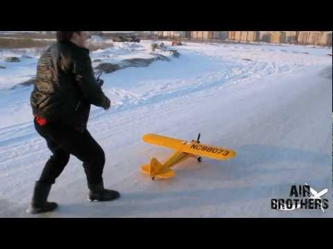 Review of Piper J-3 Cub 1400mm HobbyKing