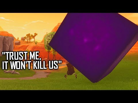 Default Skin gets guy crushed by cube on Fortnite...