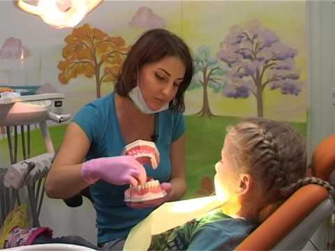 Лечим зубки с Евгенией Смотриной, врачом детской стоматологии Бобрёнок