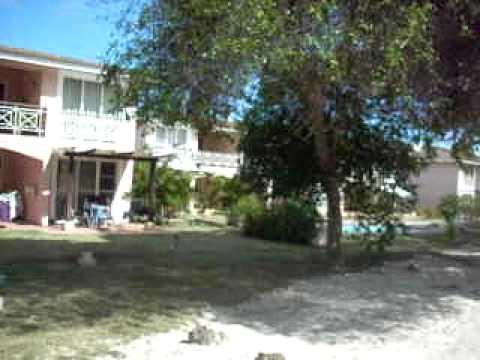 Cocotal golf Quintas Hoyo 8, exterior views