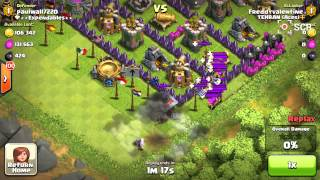 Clash of clans. Killing troops with balloons.
