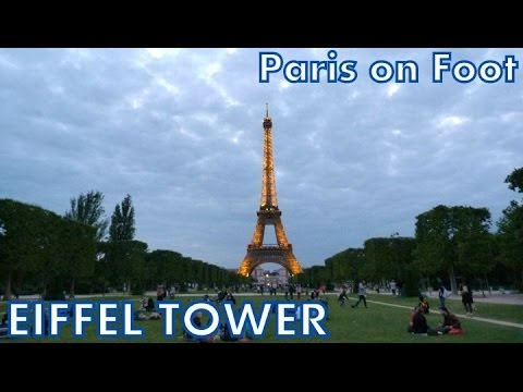 Paris on Foot #8: La Tour Eiffel