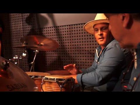 Souvenirs de France - été 2019 - Olsen, le percussioniste