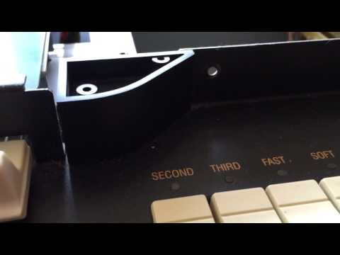 Replacing the Battery on a Hammond xk3c - 2007 model