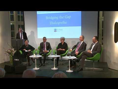 "Dialogreihe ""Bridging the Gap - Weltbürgertum"""