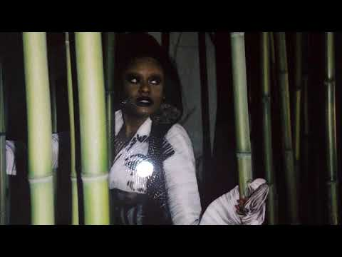 Azealia Banks - Be My Guest