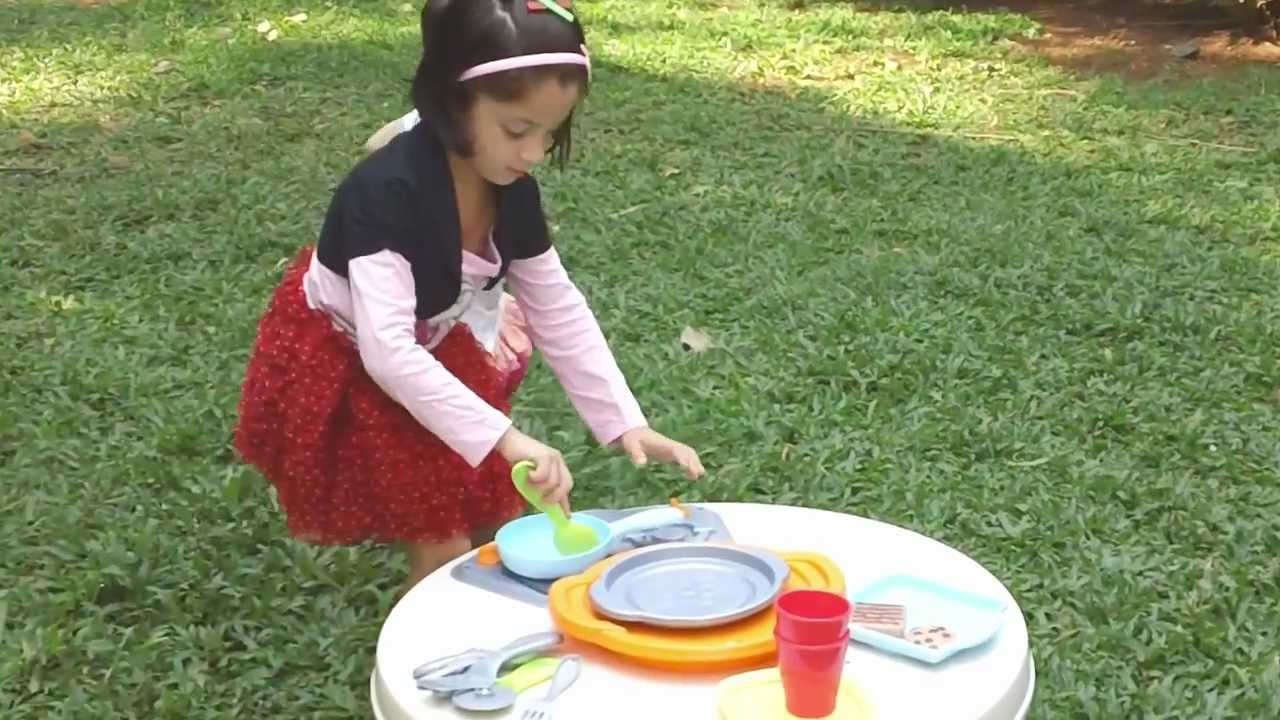 Fisher Price Toys | Servin Surprises Kitchen And Table Toy Review