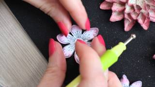 Heartfelt Creations Sun Kissed Fleur- 3 Gorgeous Coloring Techniques