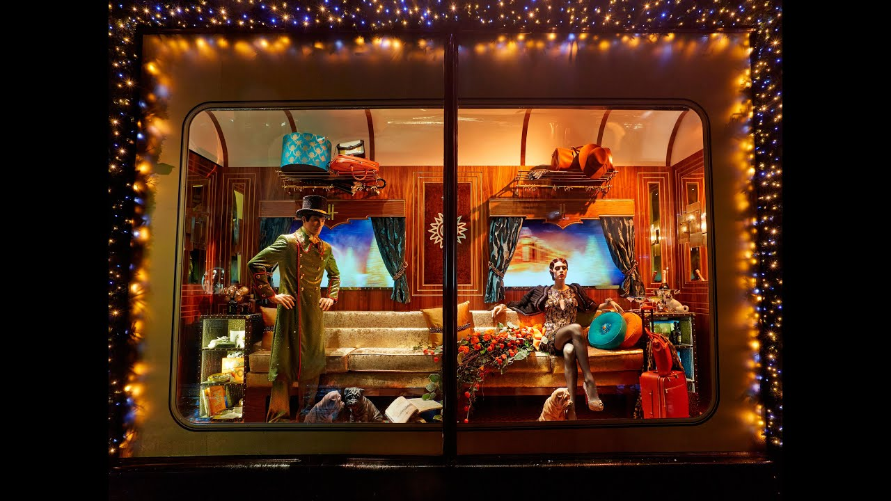 worlds best harrods london christmas window displays designer steam express train youtube. Black Bedroom Furniture Sets. Home Design Ideas