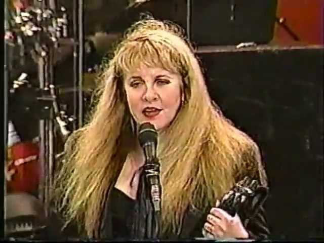 stevie-nicks-i-need-to-know-08-14-1998-woodstock-mike-bise