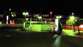 交通事故の傷病者を医療センターに搬送するドクターカー.