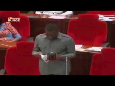 Download Zitto Kabwe akitoa suluhisho la Tatizo la Mikopo ya Elimu ya Juu