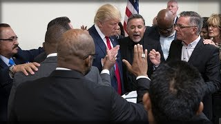 ALERT: TRUMP'S PRAYER WARRIORS JUST ASSEMBLED TO FIGHT OFF SATAN'S ATTACKS ON HIM - JOIN THEM NOW!!!
