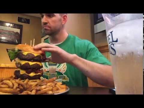 rebecca 39 s revenge 2 1 2 lb burger challenge youtube. Black Bedroom Furniture Sets. Home Design Ideas