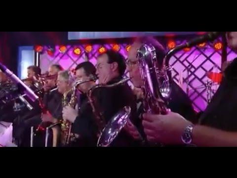 """""""Nine O'Clock"""" - The Seth MacFarlane Big Band (Live)"""