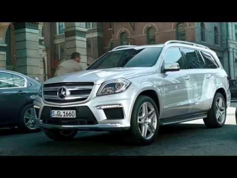 Mercedes 2013 GL Class Action Film HD