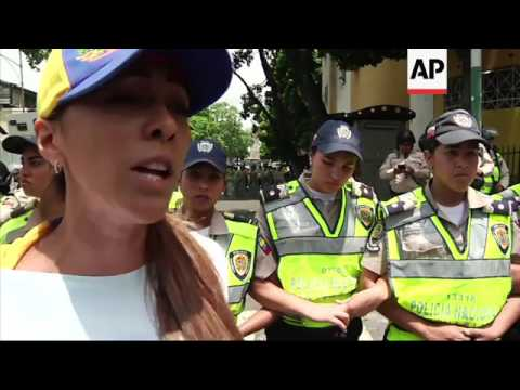 Thousands of women protest in Venezuela