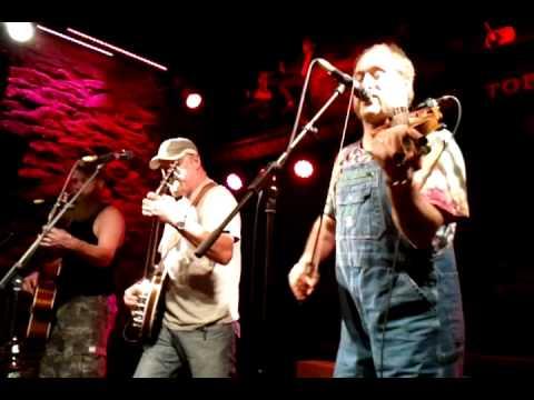 Hayseed Dixie - You Shook Me All Night Long - Bootleggers, Kendal