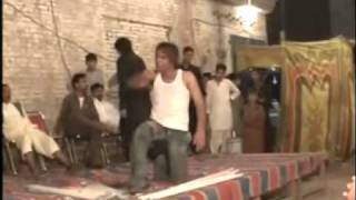 A Crazy Pakistani Wedding BREAK Dancer! Watch @ 1:10