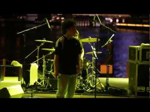 Razorback performs Wolfgang song