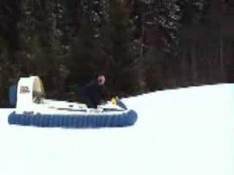 Hov Pod on snow