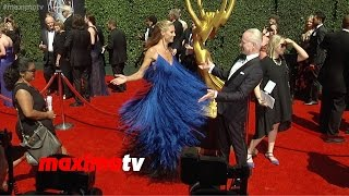 Heidi Klum Fashion Spins! | 2014 Primetime Creative Arts Emmy Awards | Red Carpet