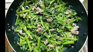 How To Make Vietnamese Beef And Water Spinach Stir Fry - Rau Muống Xào Thịt Bò