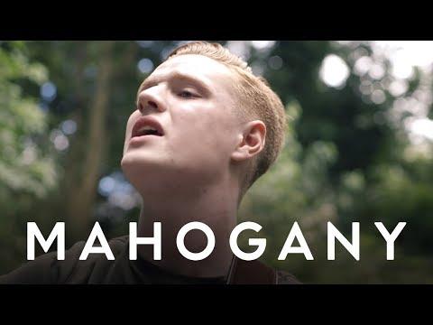 Sonny - Wage A War | Mahogany Session