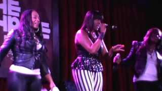 SWV Blowing Weak!!!Live at TheShrine Chicago!! On Pluggin!!!