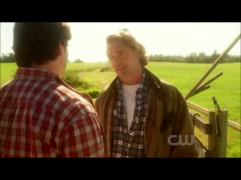 Smallville FINALE SEASON Clark and Johnathan Kent