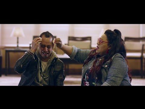 اضحك من قلبك مع دنيا سمير غانم لما ضربت عمرو وهبة بالترابيزة في دماغه😂😂من مسلسل بدل الحدوتة ٣