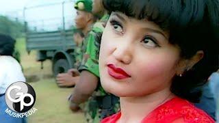 Evie Tamala - 1001 Hari (Official Music Video)