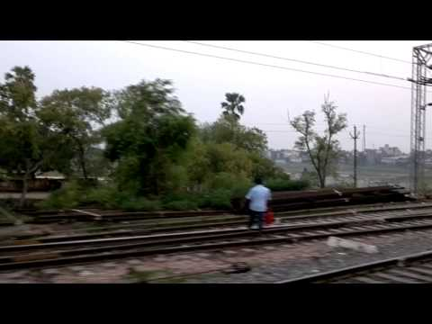 13156 Mithilanchal Express running through Luckeesarai and Kiul stations