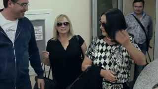 Ренато Усатый встречает в аэропорту Кишинева Софию Ротару!