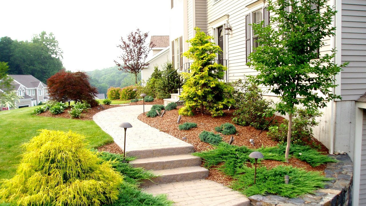 Front Yard Landscaping Ideas by a Trumbull CT Landscaper ...