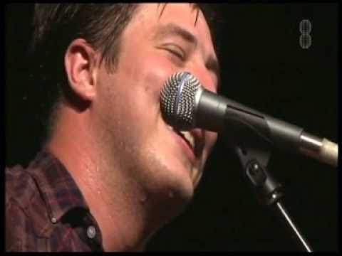 Mumford & Sons - Live @ Pukkelpop 2010 pt.3 (Timshel & Little Lion Man)