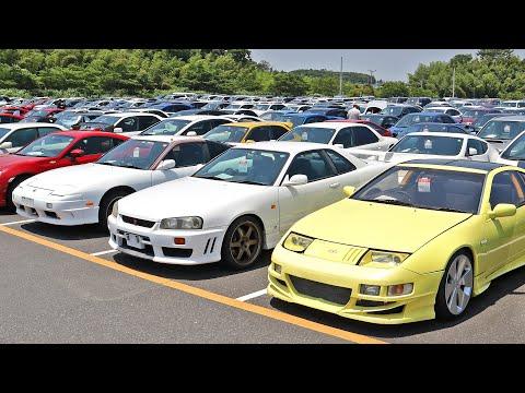 BIDDING ON CARS AT JAPANS BIGGEST AUCTION!